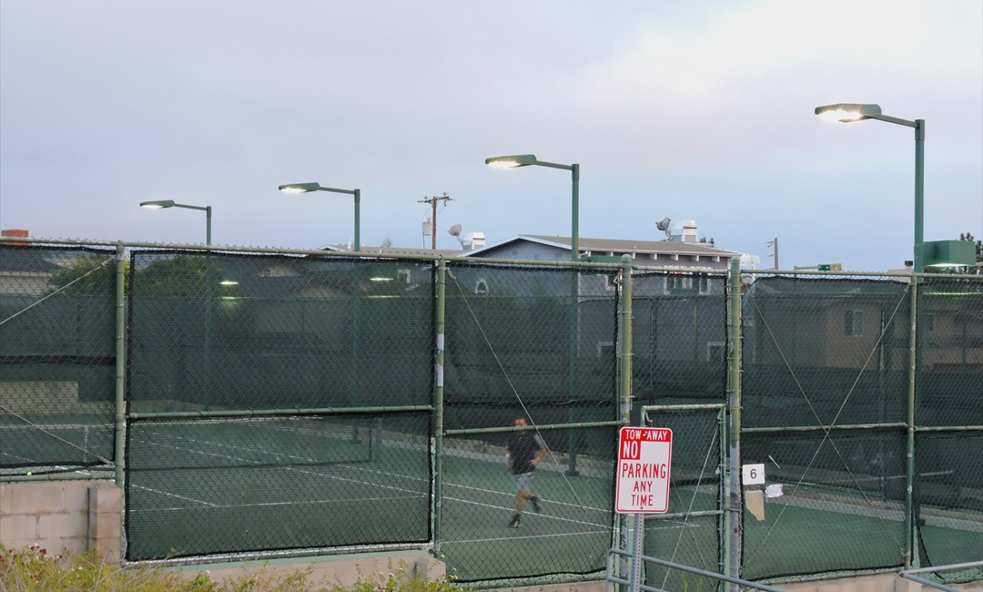 HERMOSA BEACH TENNIS COURT